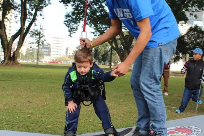 Skate Adaptado para Crianças com Deficiência em Curitiba / PR