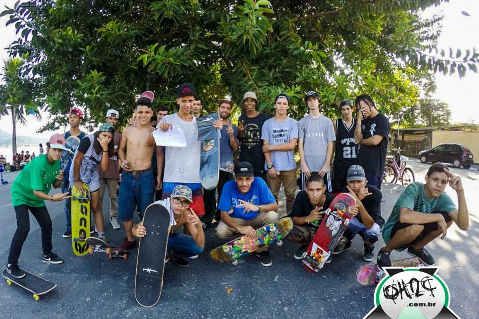 """Fotos do Game Of Skate - """"Small Beachy Skateboard X Gun Grip Tape"""" da Japão em São Vicente/SP - (Clique e Compartilhe)"""