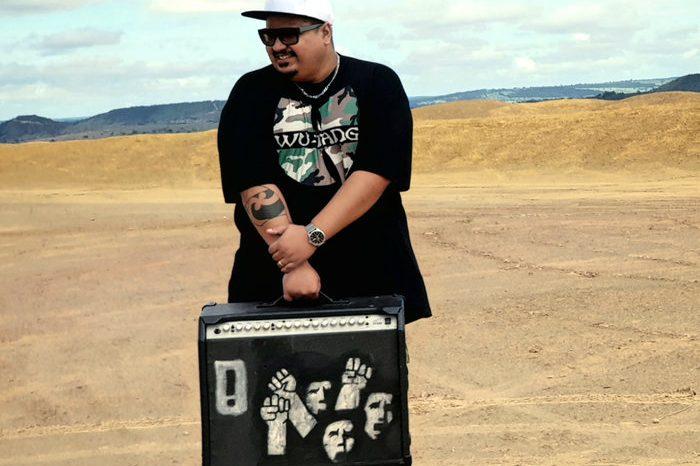 O Rapper e Guitarrista Sandrox é um dos Finalistas do Festival Brasília Independente - (Clique e Compartilhe)