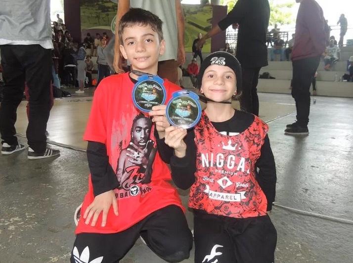 VAKINHA - Ajude Crianças a Representar o Brasil na Final da World Battle na Europa - (Clique e Compartilhe)
