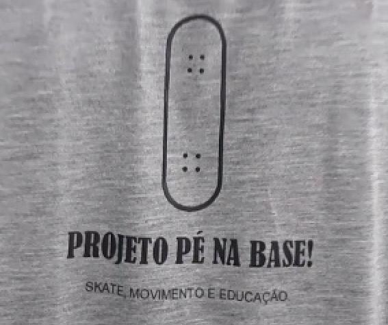 Aulas de Skate Gratuitas - Projeto Pé na Base Inicia as Aulas na Quadra da Vila São Jorge em São Vicente/SP - (Clique e Compartilhe)