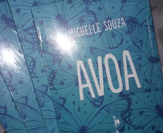 """Lançamento do Livro """"Avoa"""" da Poéta Michelle Souza em Santos/SP - Portal OH2C"""